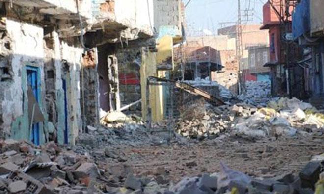 Sur'da Bina Çöktü: 3 Şehit