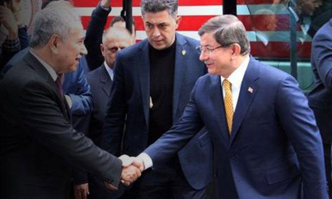 """Davutoğlu """"O Zat"""" ile Görüştü"""