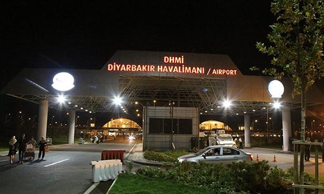 Havalimanına Roketli Saldırı