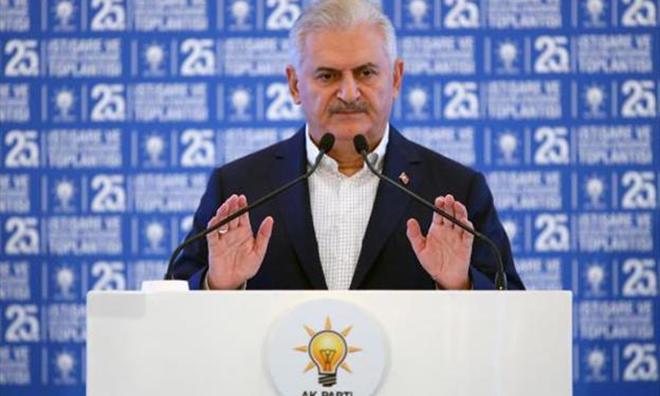 """Herkese Şahin, AKP'deki """"FETÖ""""cülere Güvercin"""
