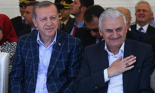 Krize Çözüm Önerisi: Bin Euro Ver, Erdoğan'la Tanış