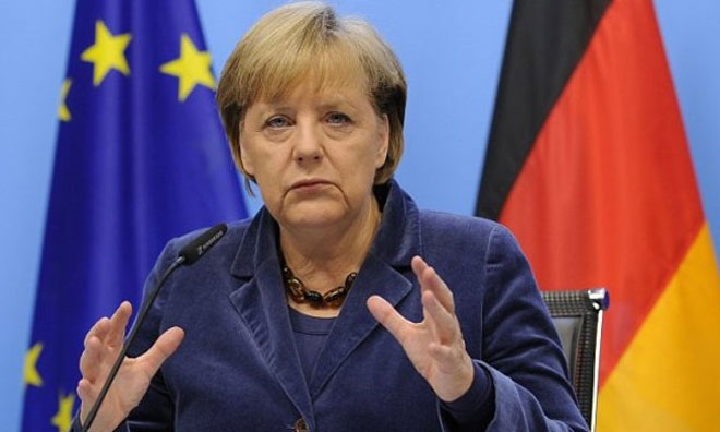 Merkel de Sırtını Döndü