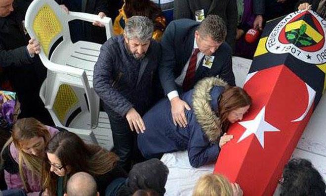 Türkiye Güzel Bir Evladını Daha Uğurluyor
