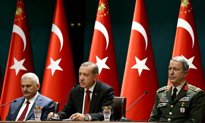 Erdoğan, Yıldırım ve Akar'a Var, Fidan'a Yok