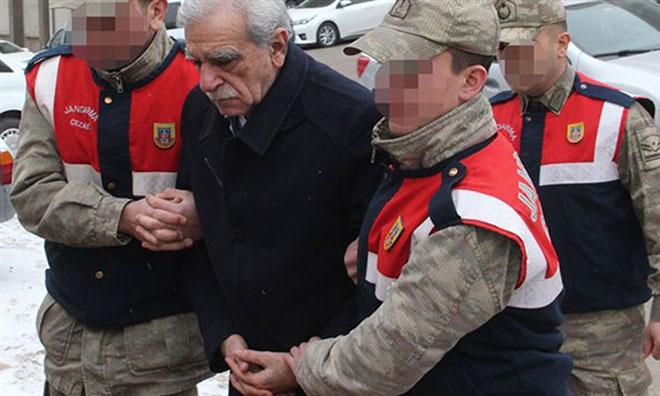 Ahmet Türk'e Tahliye Kararı