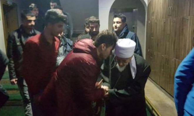 KYK'da Kalan Öğrenciler Tarikat Şeyhine Götürüldü