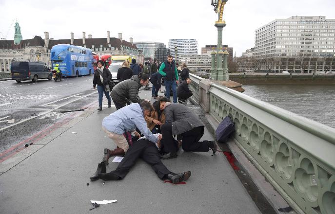 İngiltere'de Terör...Ölü ve Yaralılar Var