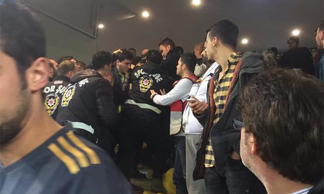 Fenerbahçe İki Parça