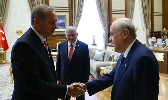 AKP ve MHP Arasında Kayıp Yüzde 10 Kavgası