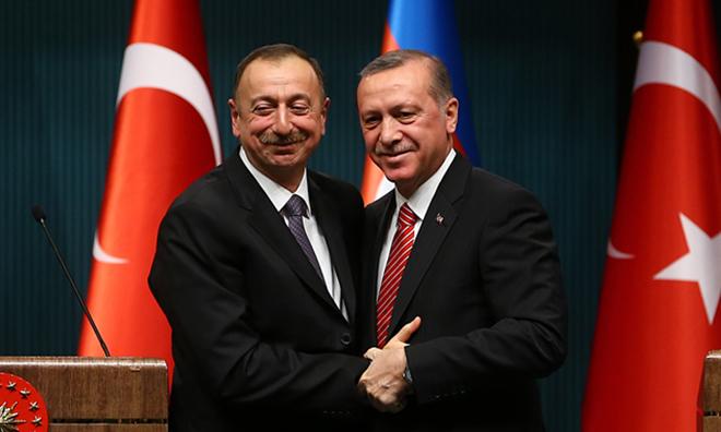 Bakın Aliyev O Okullara Neden İzin Vermiş