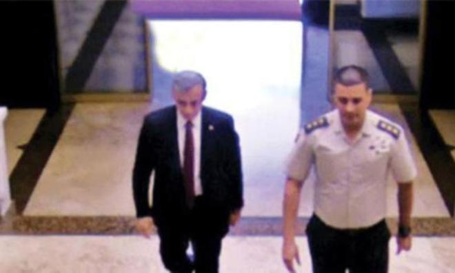 AKP'li Vekil Darbe Akşamı Karargahtaymış