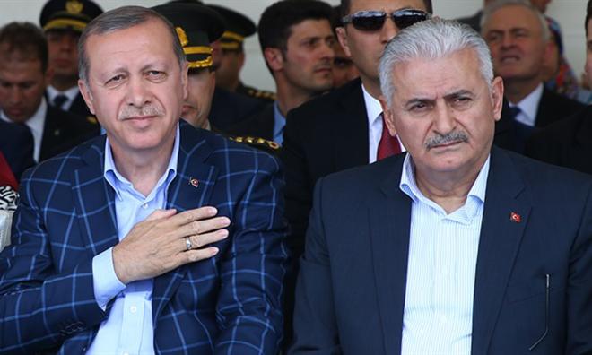 """Davutoğlu Konuştu Ama """"Evet"""" Demedi"""