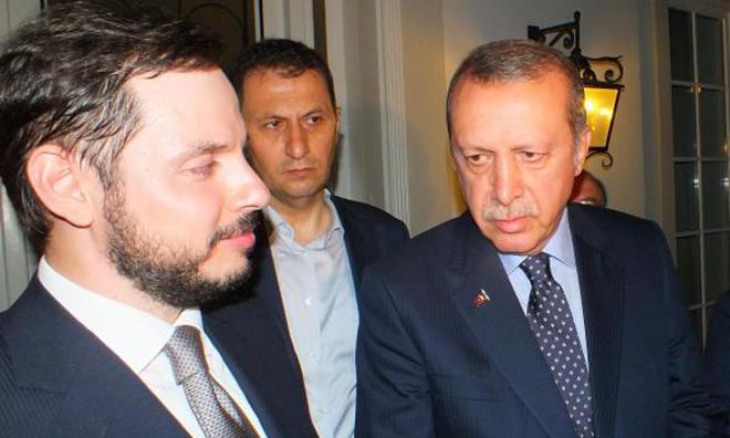 """""""Dubai'deki Milyonlarını Türkiye'ye Aktarmaya Çalışıyor"""""""