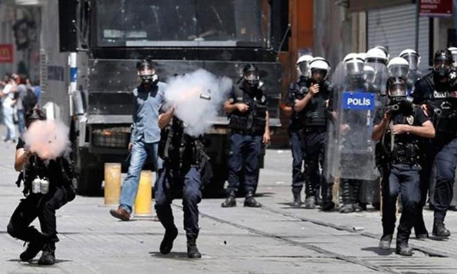 Polisler Tekrar Yargılanacak
