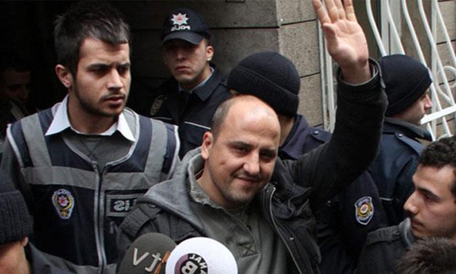 Ahmet Şık'tan Tarihi Savunma: Aradığınız Çete Ülkeyi Yönetiyor