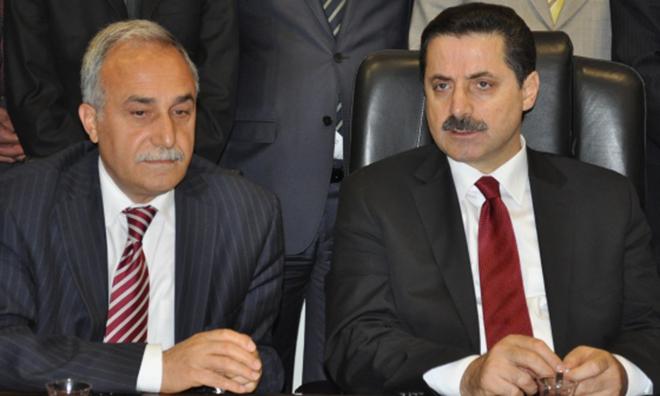 AKP'de Yolsuzluk Gerilimi