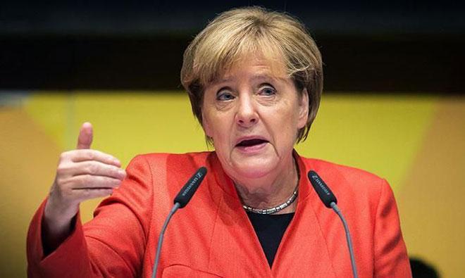 """""""Almanya'ya Seyahat Edebilirsiniz… Ülkemizde Gazeteci Tutuklanmıyor"""""""
