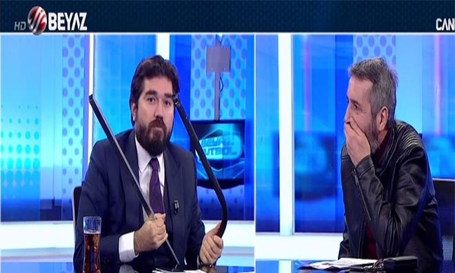 Boşnaklar Beyaz Tv'yi Bastı, Rasim Ozan Kovuldu, Ortağı Tehdit Etti