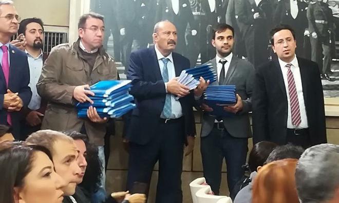 İthalat Dışı Döviz Transferi.... CHP Man Adası Belgelerini Basınla Paylaştı