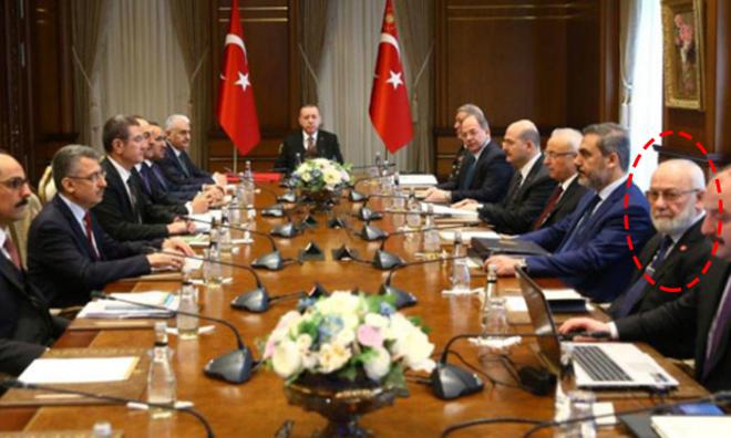 """""""Başbakan Yardımcısı Çağırdı… Bülent Arınç da Oradaydı"""""""