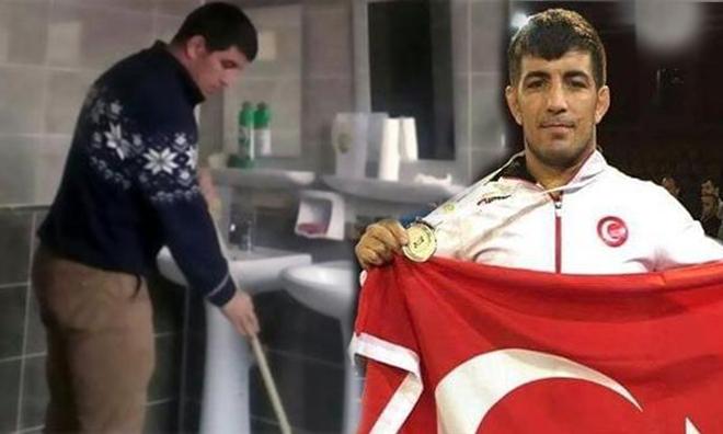 """Şampiyon Tuvalet Temizledi, Vali """"Haberim Yok"""" Dedi"""