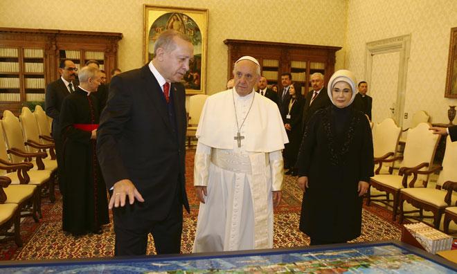 Görüşme için Vatikan'a Bağış Yapıldı İddiası