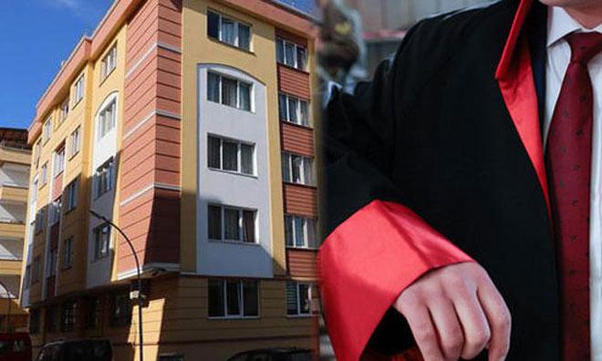 Savcı, Nişanlasıyla Tartıştı,  Polisle Birlikte Yurdu Bastı